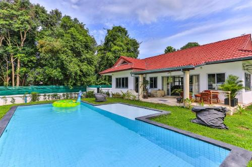 cosy 2 bedrooms villa with private swimming pool cosy 2 bedrooms villa with private swimming pool