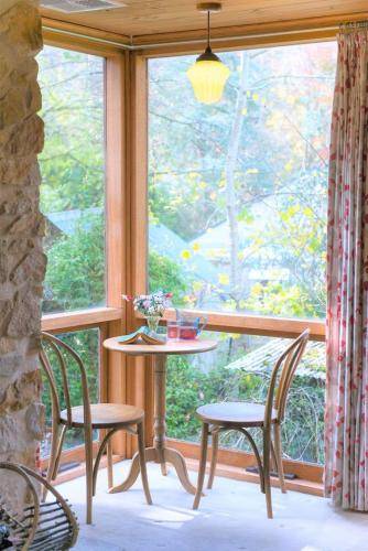. Adelaide Hills 'Camellia Cottage' - WiFi