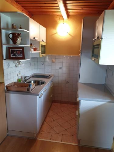 Vineyard Cottage Urban - Hotel - Mirna