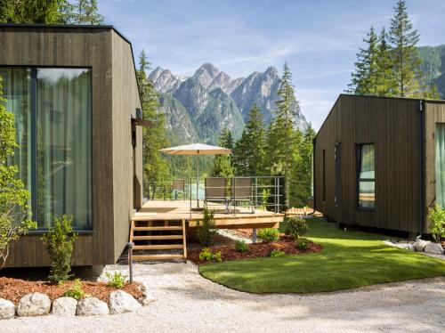 Skyview Chalets am Camping Toblacher See - Dobbiaco