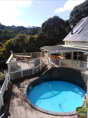 Hekerua Lodge Backpackers (B&B)