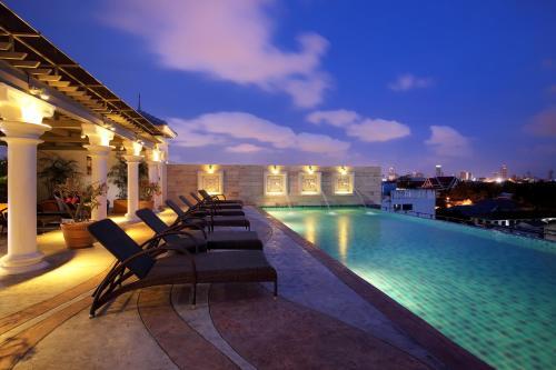 Chillax Resort impression