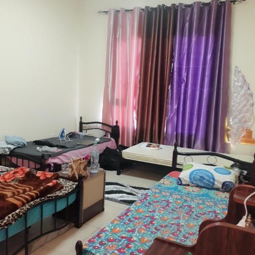 Executive Girl'S Hostel Near Metro Station, Dubai, UAE