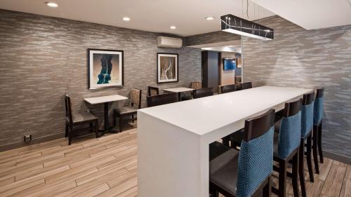 Best Western Plus Fairfield Hotel - Fairfield, CT CT 06824
