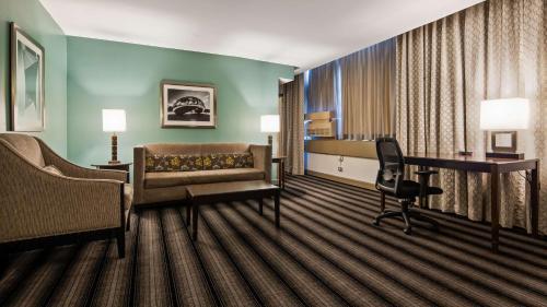Best Western River North Hotel - Chicago, IL IL 60610
