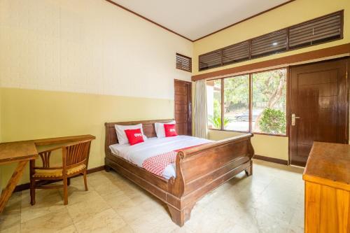 . OYO 951 Cempaka Ratu Beach Resort