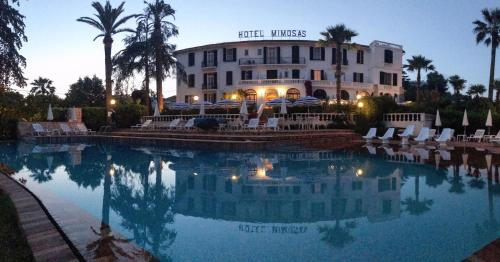 Hotel des Mimosas - Hôtel - Antibes