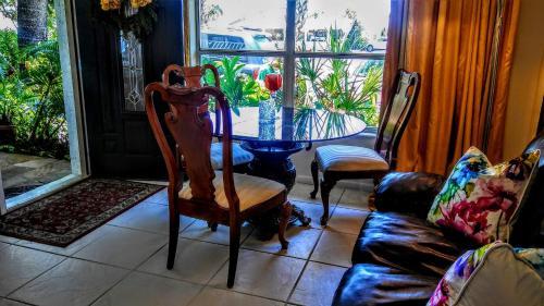 . Boca Ciega Bay Apartment