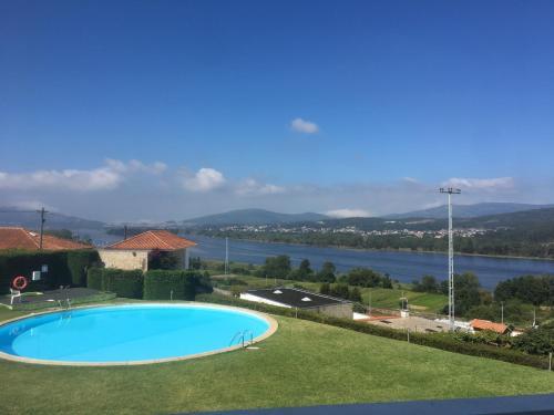 Montanha, Rio E Mar...