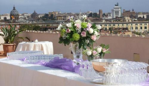 Via Garibaldi 27, Trastevere, 00153 Rome, Italy.