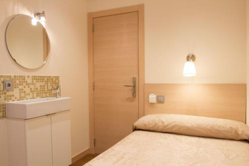 Hostal Excellence photo 30