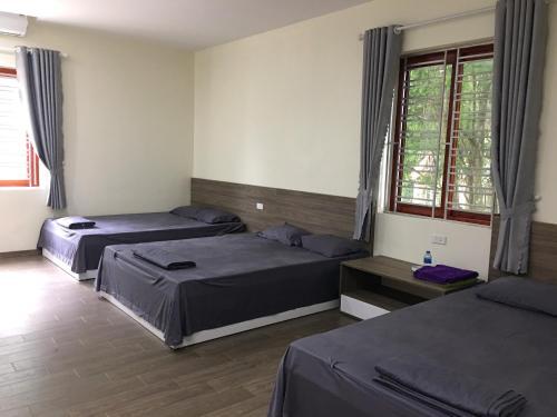 Van Hung Motel, Kim Bôi