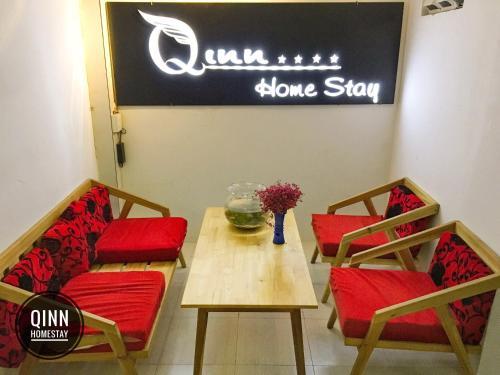 Qinn Homestay - Photo 3 of 47