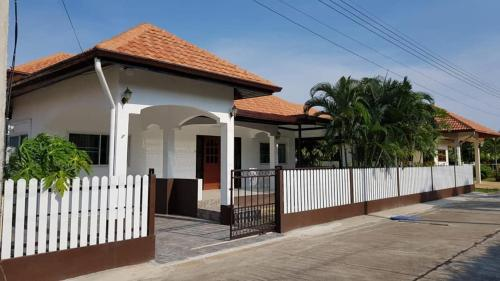 Pranburi Beach Villa Pranburi Beach Villa