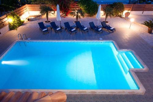 5* 3 Bed Luxury Villa In Mandria A2