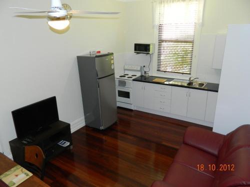 . Champion Bay Apartments