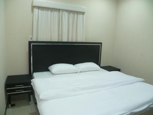 Al Shaiki Hotel foto della camera