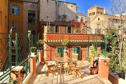Santa Prassede Rooftop Terrace Studio