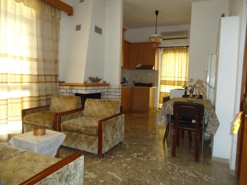 . Rooms to Rent Tsatsanias Athanasios