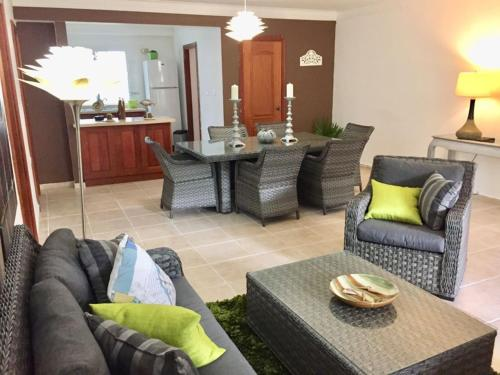 Los Corozos Apartment E1, Guavaberry Golf & Country Club