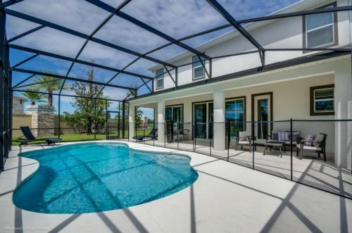 Magnificent Single Home with Private Pool SO2601 - image 1