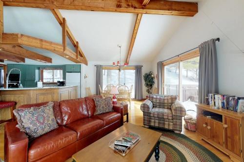 Birchwood: Enchanting Lake Michigan View - Hotel - Harbor Springs