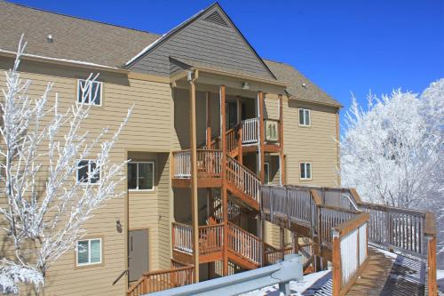 Sugar Ski 11-202 - Apartment - Sugar Mountain