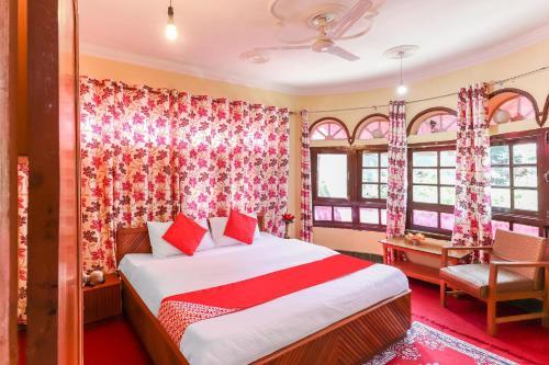 OYO 40194 Hotel Rose Inn, Baramulla