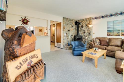 Hit the Slopes at Sitzmark - Hotel - South Lake Tahoe