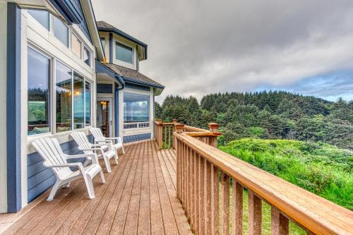 . Agate Beach Haven - 4 Bed 4 Bath Vacation home in Bandon