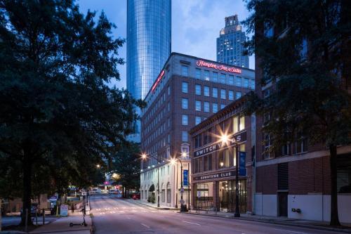Hampton Inn & Suites Atlanta-Downtown - Atlanta, GA GA 30303