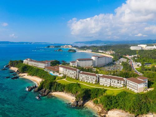 . Halekulani Okinawa