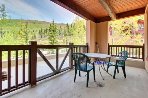 Eagle Springs West 102: Song Sparrow Suite - Hotel - Solitude