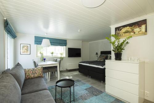 Airport Mint House Studio - Apartment - Vantaa