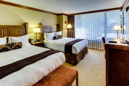 . Resort at Squaw Creek 523