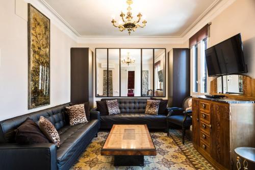 Apartamentos Aragó 345