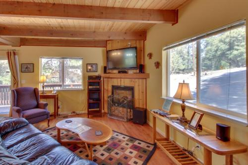 Mountainview Chalet (02/149) - Groveland