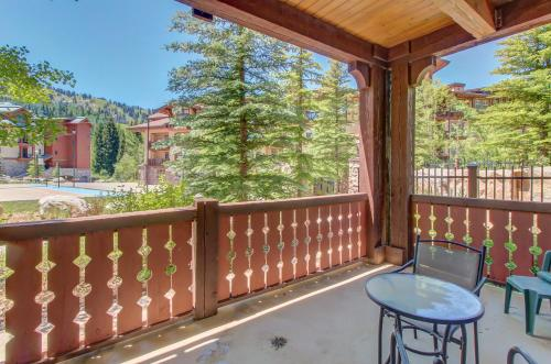 Eagle Springs East 101: Red-wing Suite - Hotel - Solitude