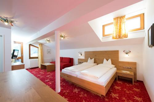 Фото отеля Gasthaus & Pension Alphorn