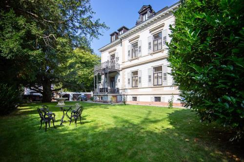 . Villa Luttwitz