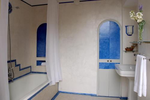 Superior Double Room - single occupancy Hotel Torre Marti 12