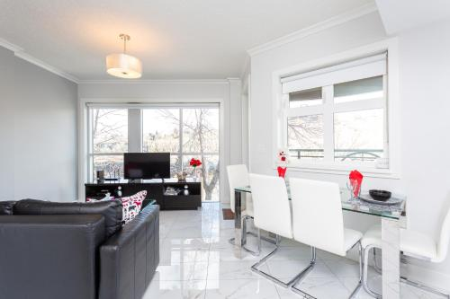 ELEMENT ON FIRST by Manna - Apartment - Calgary