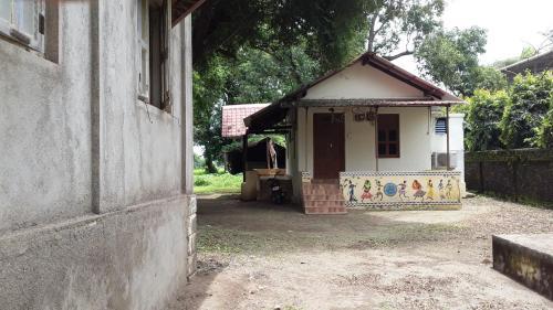 Kamat Cottages, Palghar