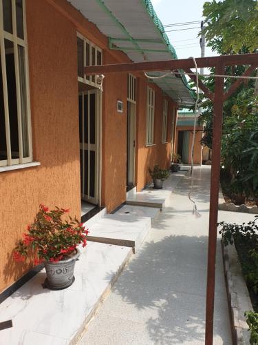 Adama bole guest house, Misraq Shewa