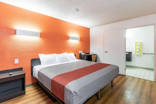 Motel 6 North Richland Hills - Hurst
