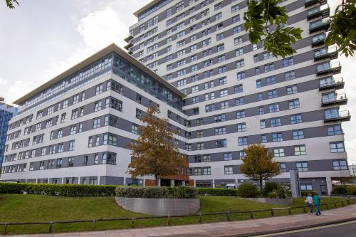 Flexi-Lets@Skyline Plaza, Basingstoke