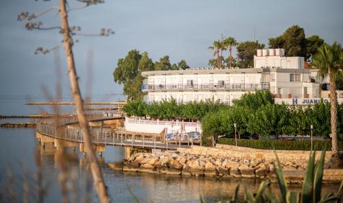. Hotel Restaurant Juanito Platja
