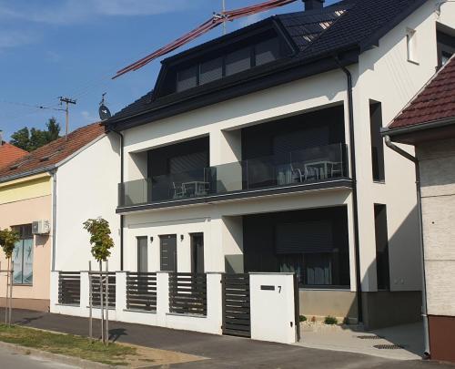 Apartmani I Sobe Laganini In Nova Gradiska Croatia Reviews Prices Planet Of Hotels