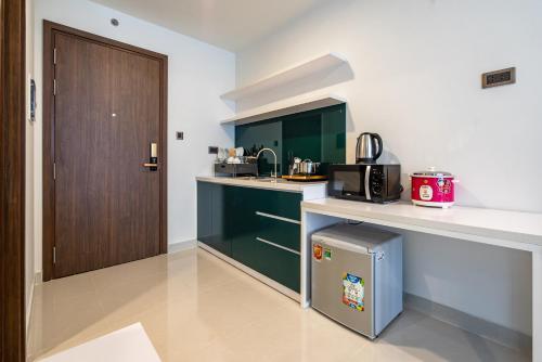 Urban House Saigon - Royal Residence, Quận 4