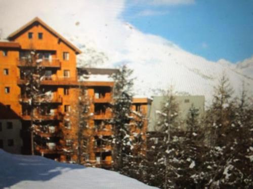 Les Chalets Puy St Vincent - Apartment - Puy Saint Vincent